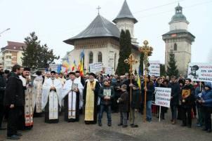mars-pentru-ora-de-religie
